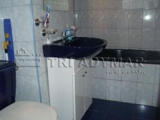 Apartment 3 rooms for sale Drumul Taberei Materna